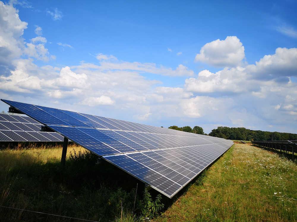 La luz solar, la mejor contribución de España a la mejora del medio ambiente